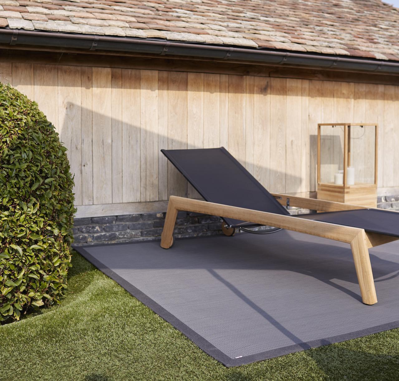 wetterfeste high tech teppiche nach mass f r drinnen und draussen wohnaffi. Black Bedroom Furniture Sets. Home Design Ideas